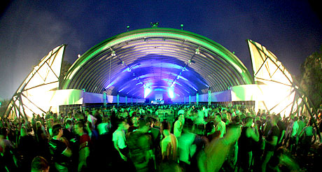 ... weeze germany 45 000 people 8 floors open air q base 2009 am 12 9 09